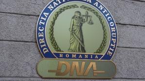 DNA: Rectorul Universității din Oradea, trimis în judecată pentru luare de mită