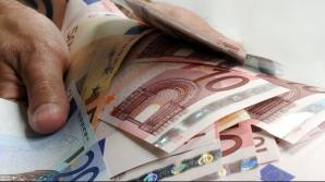 Românii din străinătate care se întorc în ţară pot primi câte 50.000 de euro. Ce trebuie să facă?
