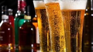 Cum răcești în două minute berea. Trucul pe care toţi bărbaţii trebuie să îl ştie. VIDEO