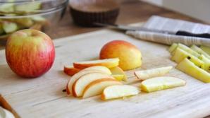 De ce merele îşi schimbă culoarea după ce le tai?