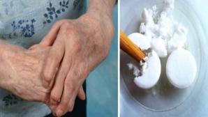 Acest preparat din 3 ingrediente simple întăreşte oasele cu 20 de ani