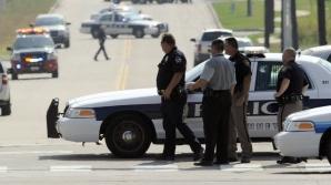 Împuşcături în Texas: Un mort şi trei răniţi. Oamenii sunt sfătuiţi să rămână în case