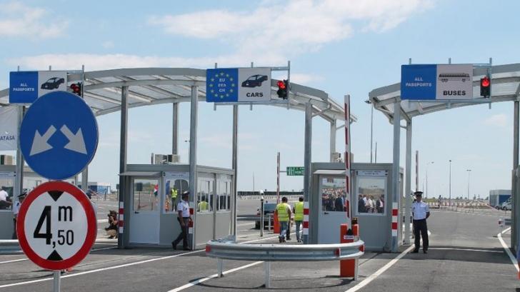 Aglomeraţie în Vama Nădlac! Mii de români care lucrează în străinătate vin în vacanţă