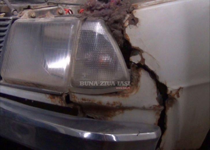 Cum arată maşina Elenei Ceauşescu, uitată într-un garaj din Iaşi. Ce s-a descoperit în interiorul ei