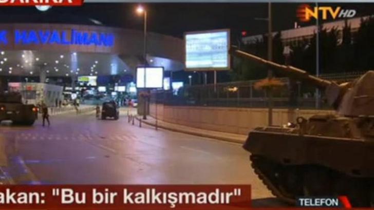 Imagini dramatice: Tancuri la Istanbul, avioane deasupra Ankarei