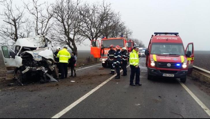 Plan roşu de intervenţie în Sălaj. 15 persoane au fost rănite într-un accident foarte grav