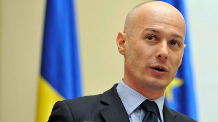 Averea lui Bogdan Olteanu: casă de 1.000 de metri pătrați, Lexus, acțiuni, dar și credite