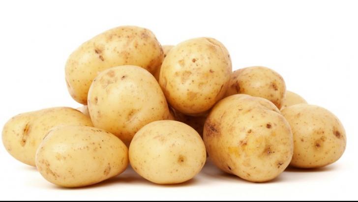 Trebuie să mâncăm cartofii cu tot cu coajă! Motivul i-a uimit pe medici