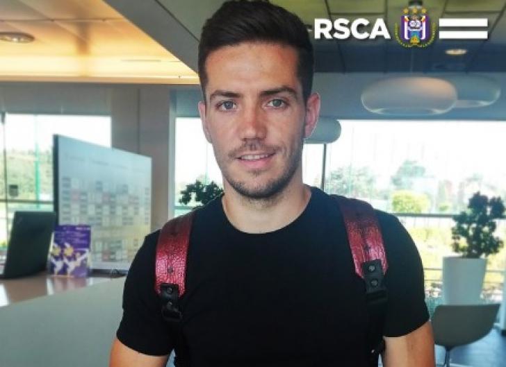 "Alex Chipciu a finalizat transferul carierii. ""Sufletește o să fiu mereu la Steaua"""