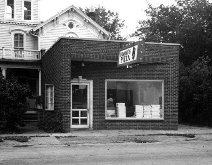 Fotografii cu primele clădiri ale celor mai faimoase fast-food-uri! Imagini de colecție