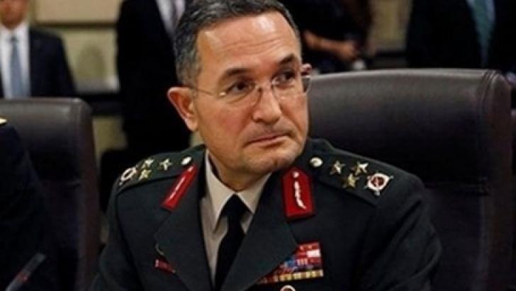 Erdal Ozturk, comandantul Armatei a III-a turce, pus sub acuzare pentru TRĂDARE