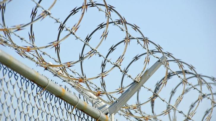 Croaţia a început construirea unui gard pe un segment al frontierei cu Serbia