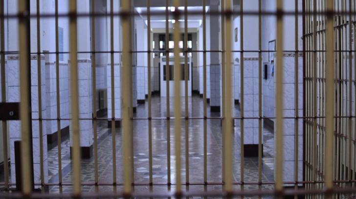 Alegeri parlamentare 2016: Peste 6.500 de deținuți au votat în închisori