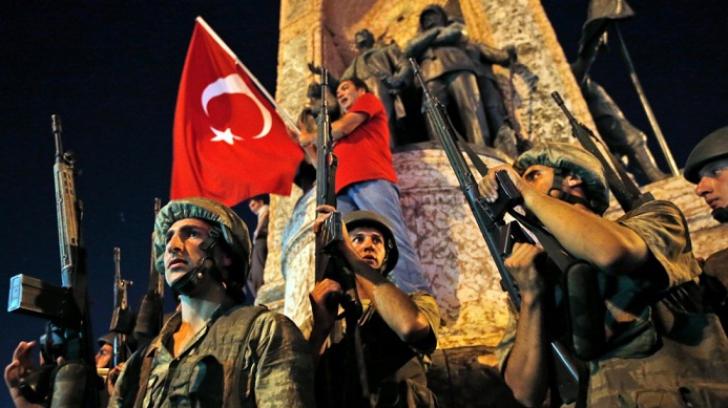 Decizie șoc a lui Erdogan: 758 de militari reținuți după lovitura de stat eșuată, eliberați