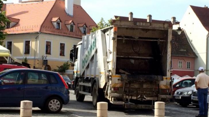Tragedie în Sibiu: tânăr de 26 de ani, strivit de maşina de gunoi
