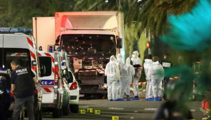 Atentatul din Nisa. Doi albanezi i-au furnizat arme lui Mohamed Lahouaiej Bouhlel