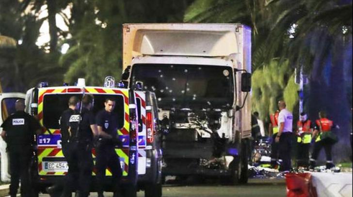"""Un francez a fost condamnat la închisoare, pentru că vindea """"suveniruri"""" de la masacrul de la Nisa"""