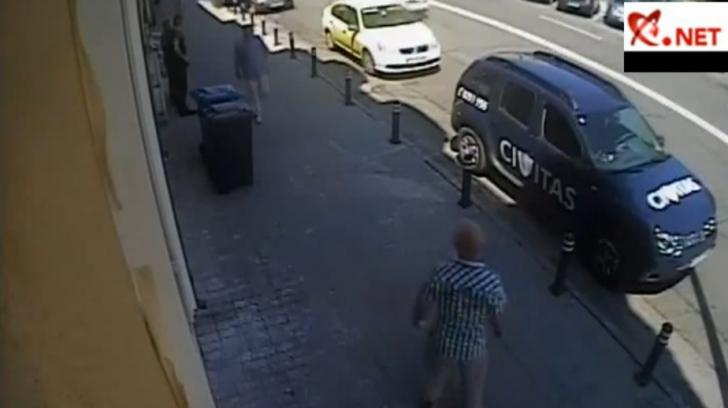 Scene incredibile pe o stradă din Craiova. Ce a făcut un şofer după ce poliţistul i-a cerut actele