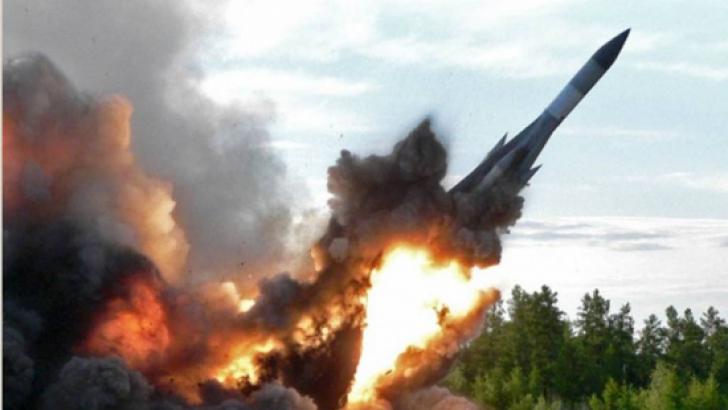 Coreea de Nord a lansat marţi dimineaţă trei rachete balistice