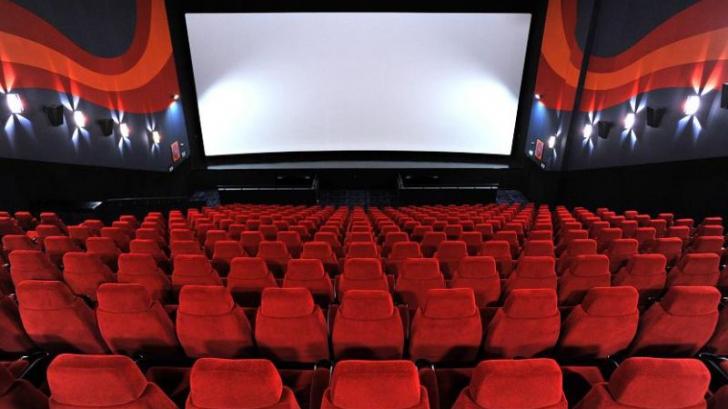 Ingeniozitatea unor tinere care nu au vrut să plătească pentru popcorn la cinema. Ce au făcut