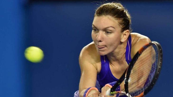 Simona Halep a zdrobit-o pe Svetlana Kuzneţova şi s-a calificat în semifinale la Montreal