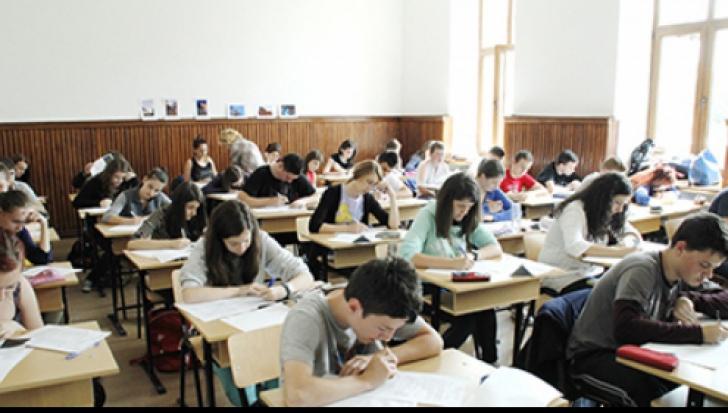 SUBIECTE Română BAC 2016. Ce subiecte au primit elevii la proba scrisă la ROMÂNĂ