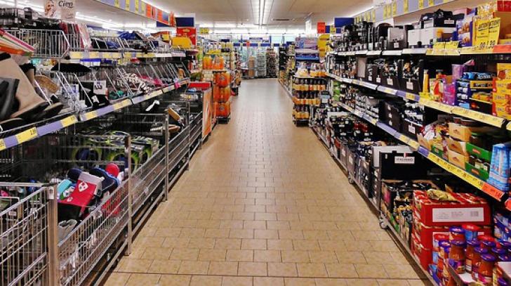 """Alimentele cu """"dublă calitate"""", secretul la vedere al întregii Europe. Cum e împărţită calitatea"""