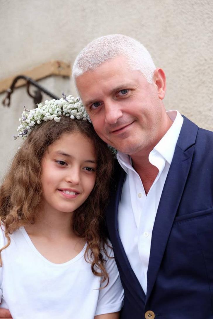 """Cum arată fiica lui Virgil Ianţu: poza a adunat mii de Like-uri. """"Tare mândru sunt de ea!"""""""