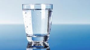 Adaugă un singur ingredient în APA pe care o bei şi vei obţine un medicament uluitor!