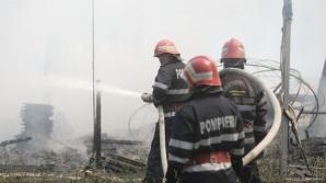 Incendiu în Bucureşti, în zona Pallady. Pompierii au intervenit cu 5 autospeciale