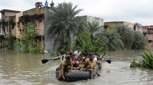 Inundaţii catastrofale în India: cel puţin 300 de morţi