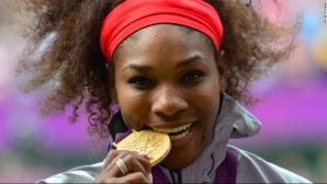 De ce mușcă olimpicii din medalia de aur. Motivul este incredibil
