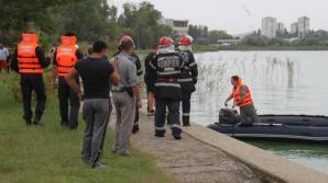 Cadavru plutind pe apă. Pompierii din Constanţa, în alertă