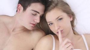 O femeie din patru FACE ASTA în pat, iar bărbații habar nu au