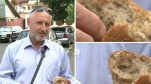 Surpriză neplăcută pentru clientul unui hipermarket din Capitală: Ce a găsit într-o pâine