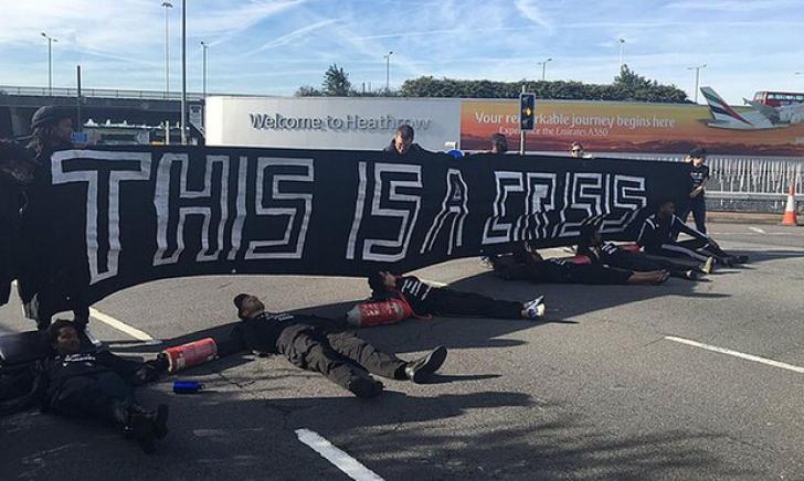 "Protestatarii ""Black Lives Matter"" au blocat un drum aglomerat spre aeroportul Heathrow"