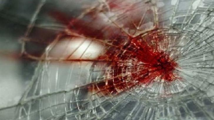 Accident grav în Bacău. Patru persoane rănite, printre care şi un bebeluş de două luni