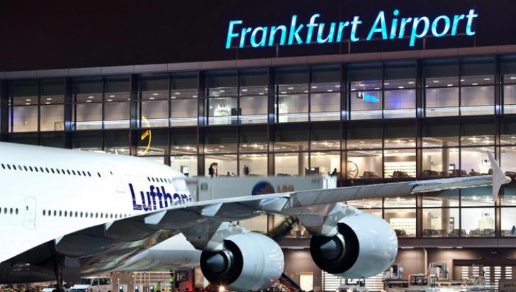 ALERTĂ CU BOMBĂ pe aeroportul din Frankfurt. Pasagerii, evacuaţi de urgenţă