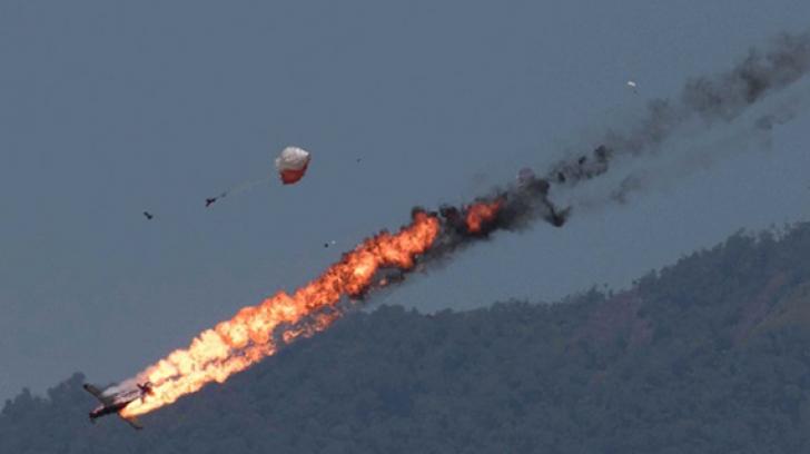 ACCIDENT aviatic în timpul unui spectacol aeronautic