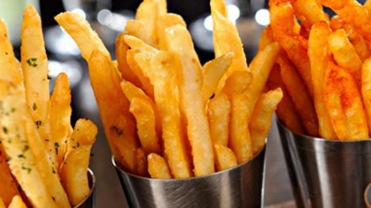 Cum faci cei mai buni cartofi prăjiţi. Reţeta secretă