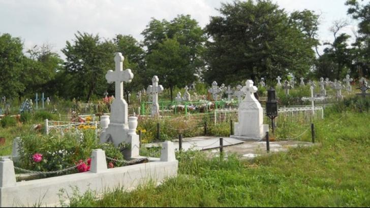 ŞOCANT. Se întâmplă în România: Au îngropat o altă persoană şi nimeni nu și-a dat seama!
