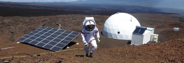 Experiment uriaş: 6 voluntari NASA au trăit, un an, într-un dom. Au simulat viaţa pe Marte
