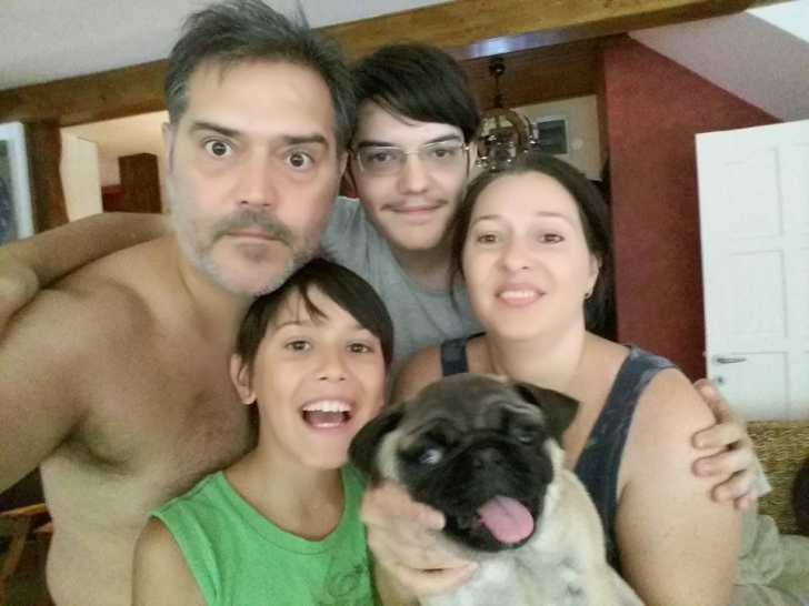 """Gheorghe Ifrim, """"primarul"""" din """"Las Fierbinţi"""", POZĂ inedită pe Facebook: cum arată familia lui"""