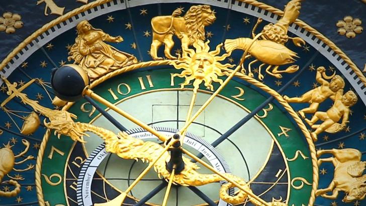 Horoscop septembrie 2016. Schimbări neprevăzute. Banii pică din cer pentru trei zodii