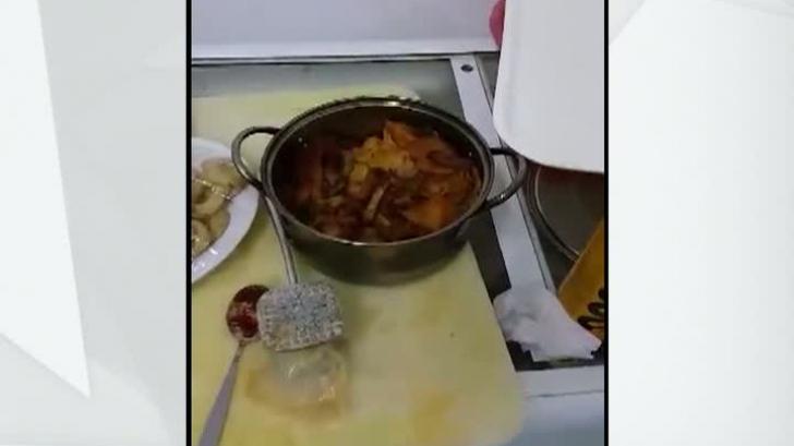 Controale ANPC pe litoral. Mâncare expirată, într-un restaurant din Eforie Nord