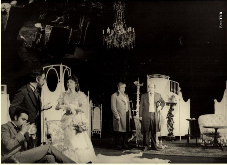 Şapte fotografii RARE cu marele Marin Moraru. Imaginile pe care doar iubitorii teatrului le-au văzut