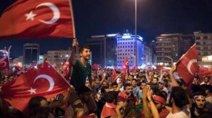 Turcia, puci esuat