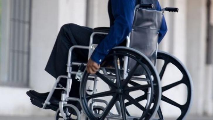 Ministerul Muncii a lansat în dezbatere publică un nou program pentru personele cu dizabilităţi