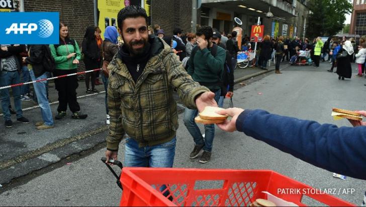 """România, vizată: """"UE să sancţioneze statele ce nu respectă cotele pentru refugiaţi"""""""