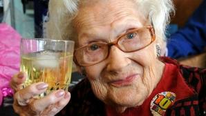 Sfaturi cutremurătoare despre viaţă de la femei de peste 100 de ani